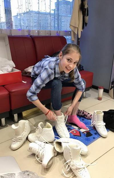 Сильнейшая фигуристка Мира 2019-2020 годов Алёна Косторная экипируется в компании «Твизл»